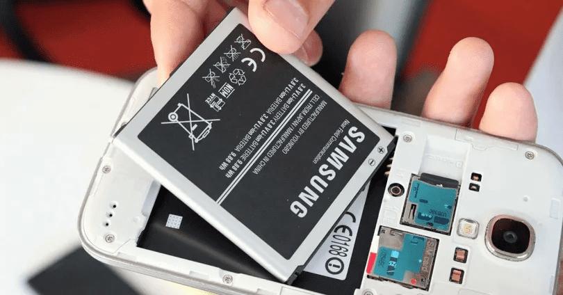 ¿Te acuerdas de los móviles con batería extraible? Aún resisten y estos son los mejores 1568277079515-png.369219
