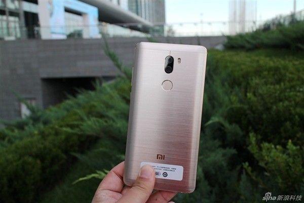 Primer unboxing oficial del Xiaomi Mi5S y Mi5S Plus acdnmovilesdualsim_2834-kxcdn-com_data_metamirrorcache_gizchina67d6ee5e7097a811aa32ffeaf6dc278-jpg.152217