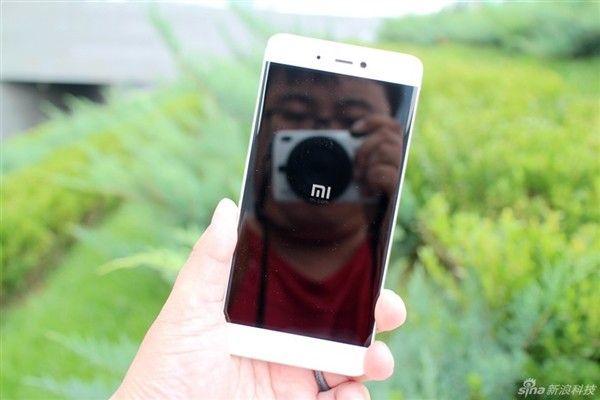 Primer unboxing oficial del Xiaomi Mi5S y Mi5S Plus acdnmovilesdualsim_2834-kxcdn-com_data_metamirrorcache_gizchind09a68f4c49d0d601d9397ba03ede484-jpg.152203