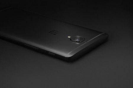 """OnePlus 3T Hypebeast se viste de """"negro medianoche"""" ai-blogs-es_ee4074_op3t_negro_3_450_1000-jpg.159964"""