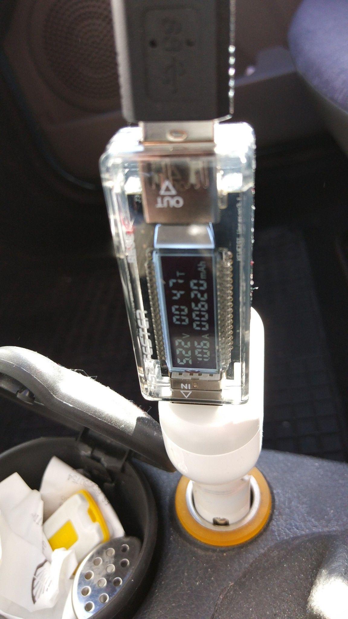 Cargador para coche Lumsing de 4 puertos. ai65-tinypic-com_2191dvr-jpg.284420