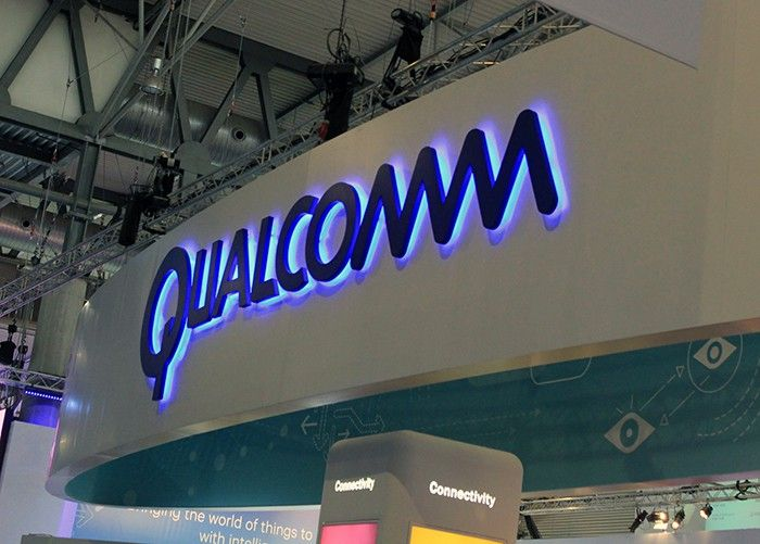 andro4all.com_files_2016_02_Qualcomm_Logo_MWC16_Stand_3_1_700x501.