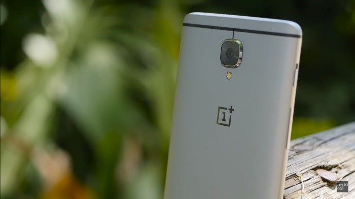 andro4all.com_files_2016_10_OnePlus_3_trasera_700x394.