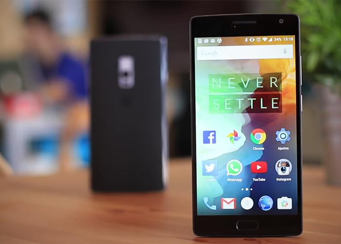 cdn5.andro4all.com_wp_content_blogs.dir_28_files_2015_08_OnePlus_2_frontal_700x500.