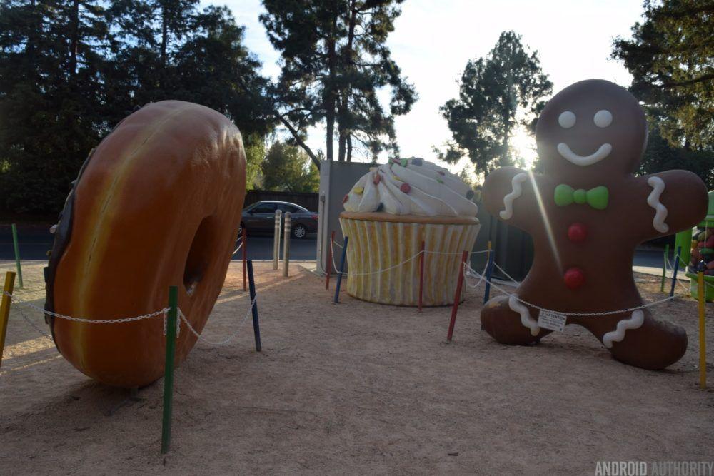 gingerbread-cupcake-aa-1000x667.jpg