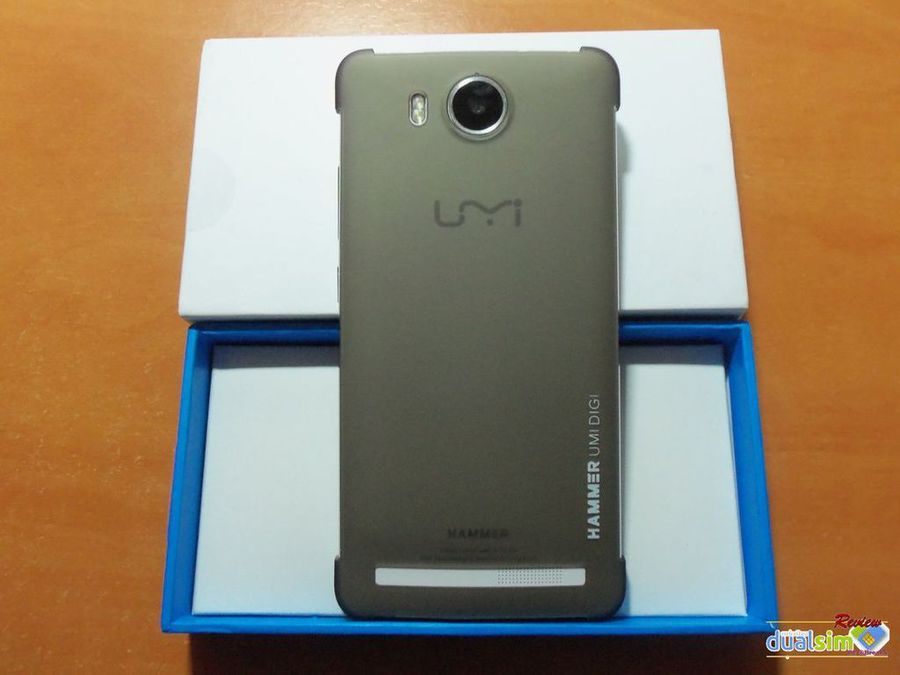 Review UMI Hammer  MTK6732 1.5GHz Quad Core by @Breakk i1229-photobucket-com_albums_ee479_imput1_umi_20hammer_unboxing_100_1317_result_zpsuv9bwoeo-jpg.293692