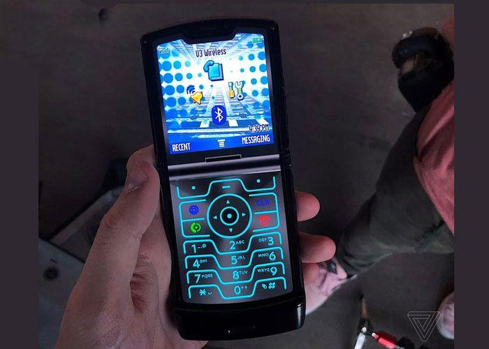Motorola-Razr-retro-1.jpg
