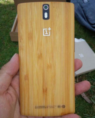 Oneplus-Bamboo-madera.