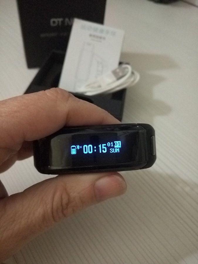 Review Smartband NO.1 F1 p61230-182732-jpg.149135
