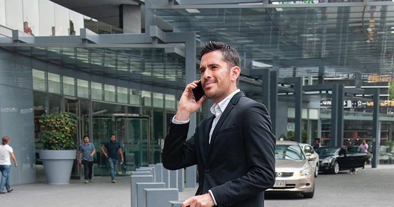 persona-hombre-llamada-telefono.jpg