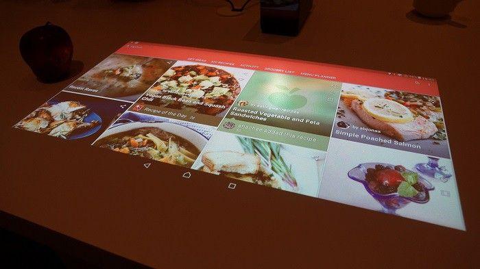 sony-xperia-projector(2).jpg