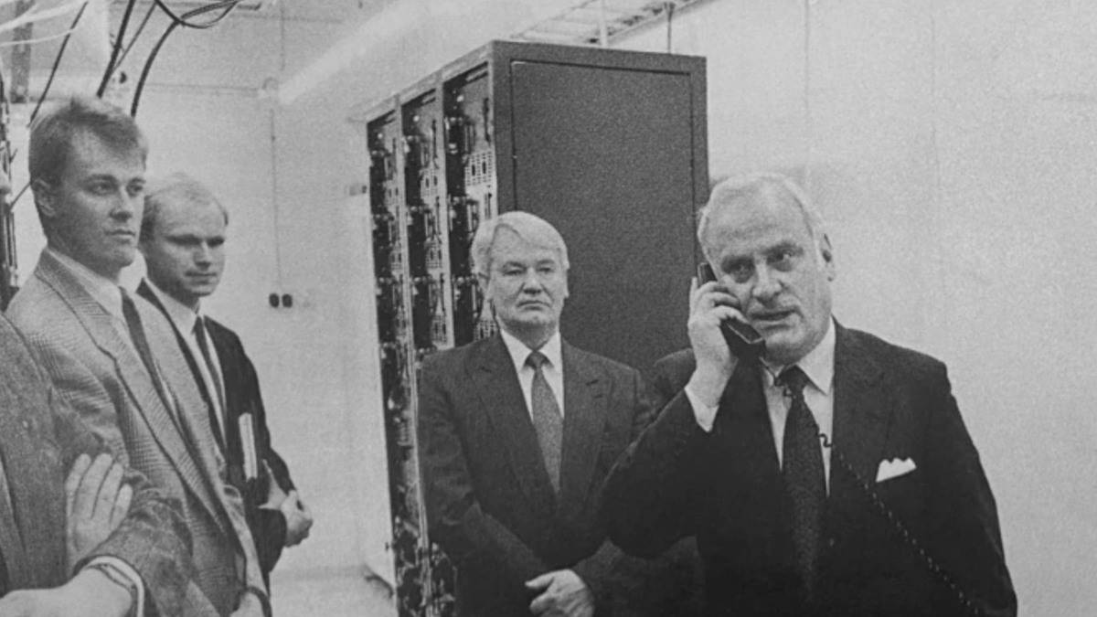 t-2G-Call-Featuring-Nokia-President-Pekka-Lundmark.jpg