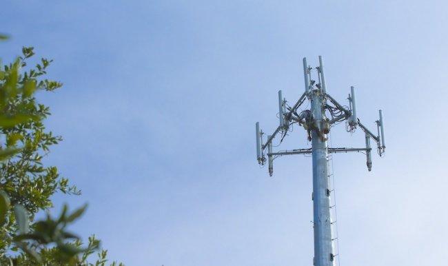 taliandroid.com_wp_content_uploads_2014_06_smartphone_chino_banda_900_MHz_3G.