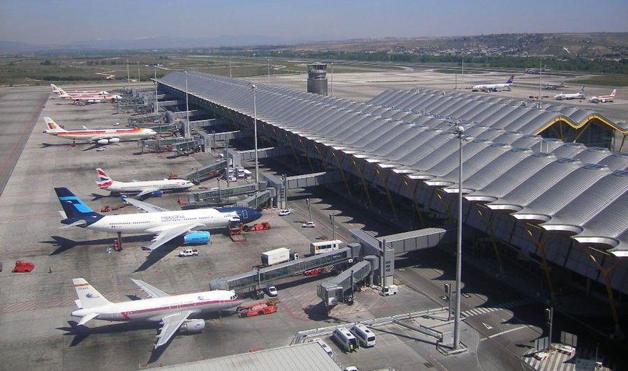 www.elandroidelibre.com_wp_content_uploads_2016_02_aeropuerto_madrid_barajas.