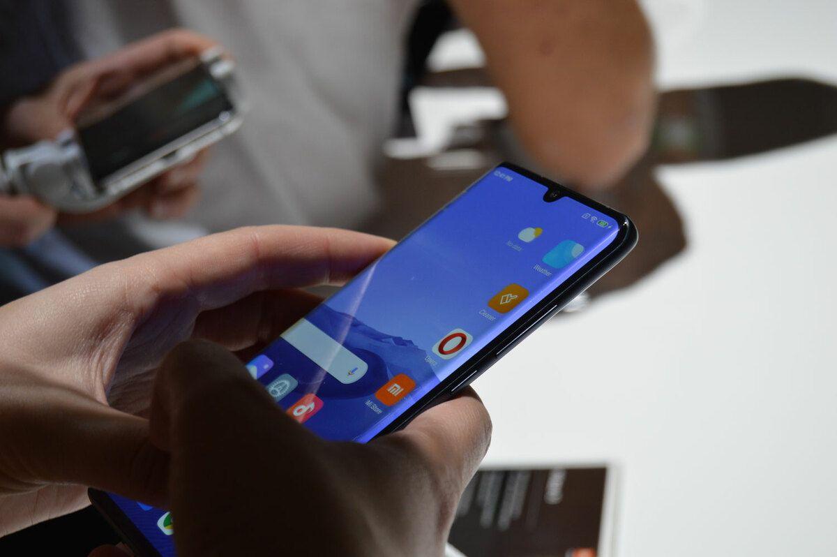 Xiaomi-Mi-Note-10-fot-3.jpg