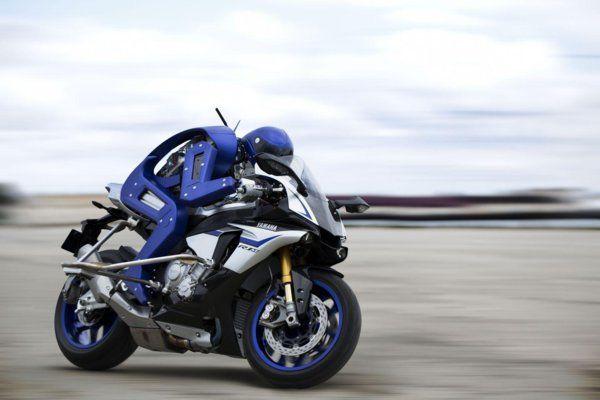 yamaha-motobot-v12016-1.
